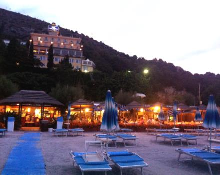 Sunset Beach Velazzurra