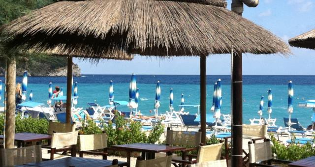 Beach BW Hotel Acqua Novella. Come to Spotorno and spend wonderful days relaxing